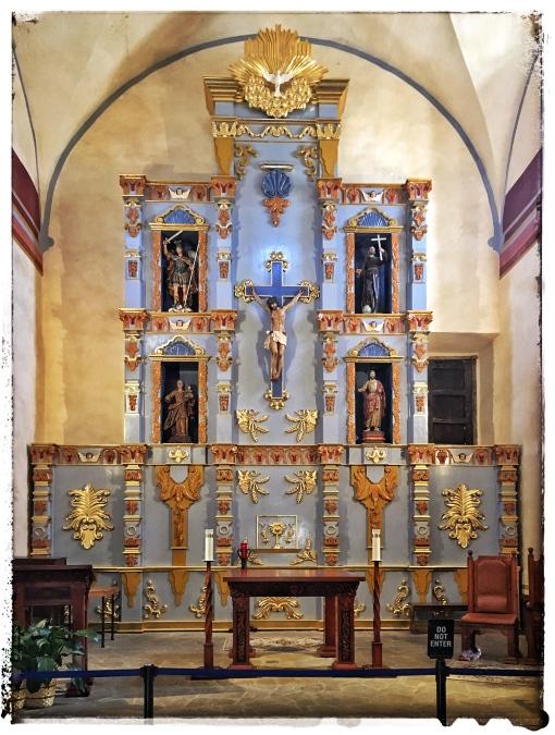 Mission San Jose Altar.jpg